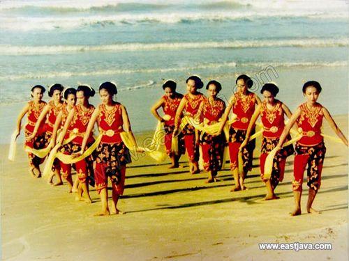 Madura Traditional Dance - Madura - East Java
