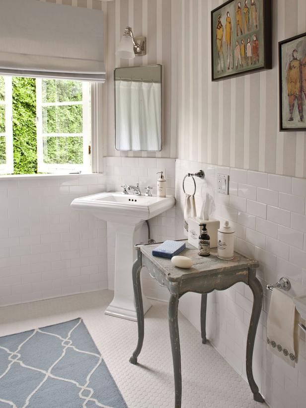 34 best 1930 39 s bathroom images on pinterest bathrooms for I need to use the bathroom in french