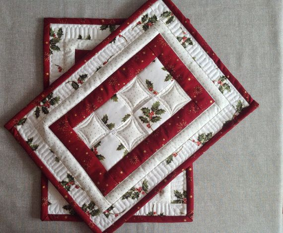 Christmas Placemats   Quilted Placemats   Red And White Placemats    Christmas Table Mat   Set Of 2 Placemats   Patchwork Placemats