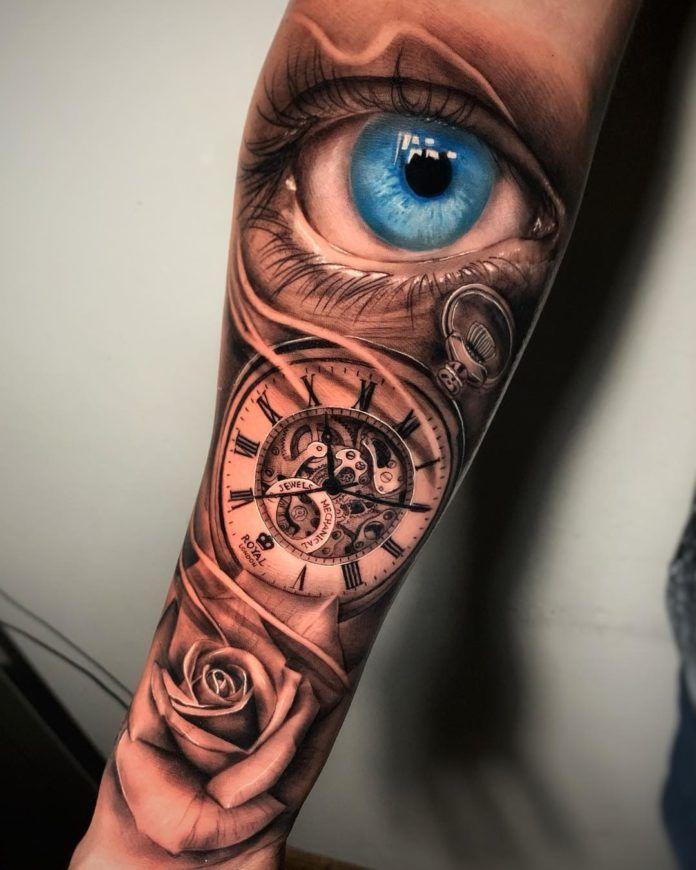 Tatouage Montre Gousset Avec Rose Sur Avant Bras œil Realiste Bleu Idee Tatouage Avant Bras Tatouage Montre Gousset Tatouage Avant Bras