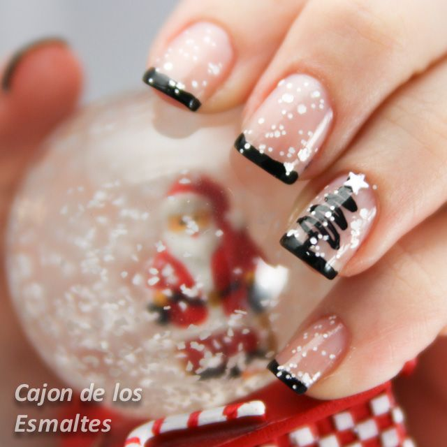 #christmas #nailart #snow #holidays Snow - Christmas Tree #christmas #nailart #nail #12daysnailchallenge