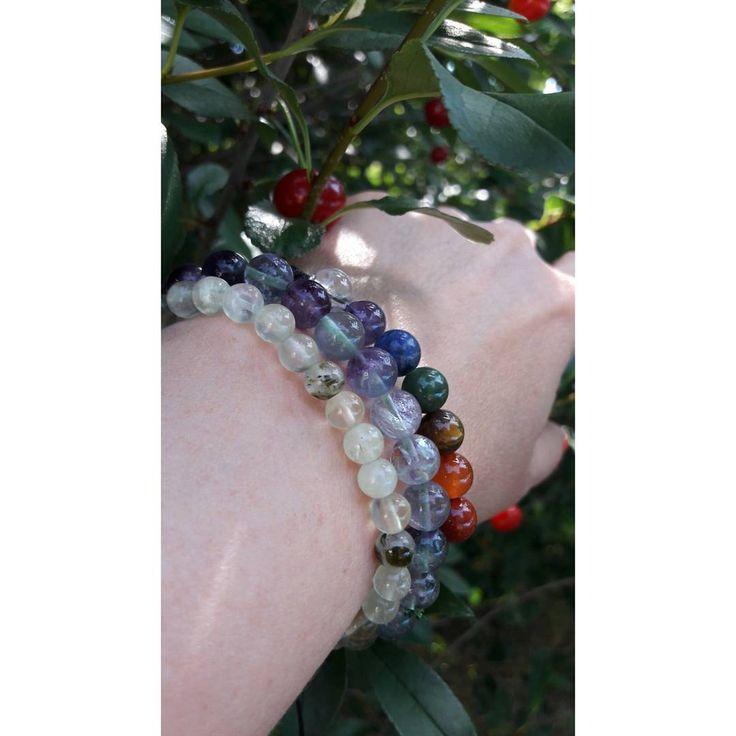 #bracelets #gemstone #crystals #bijoux #pierre #heilsteine #edelsteine #feelrealgemstone #ZENstore #yoga #vegan #schmuck #chakra #colorterapy #fashion #style #blogger #fluorite #prehnite #chakrajewelry
