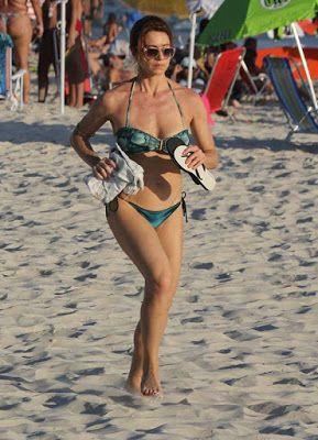 d363c8ab49 Mania por Havaianas Site de estilo e moda  Letícia Spiller também usa  chinelos havaianas.