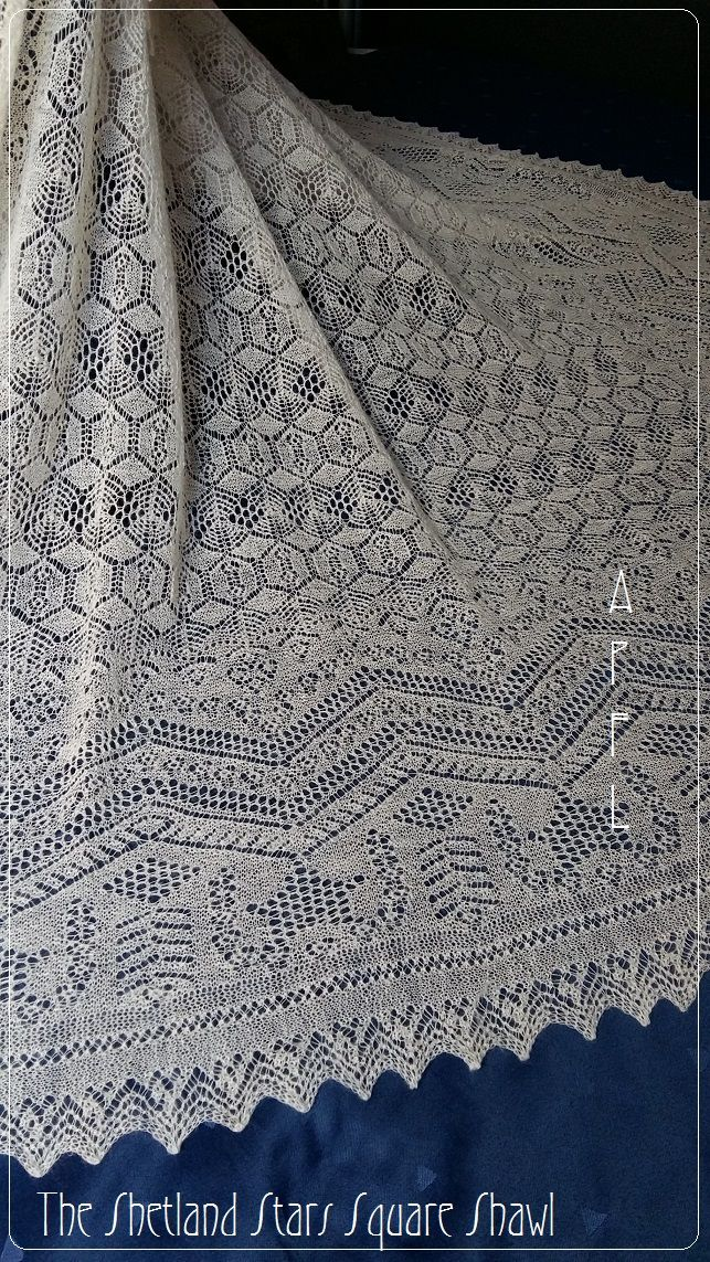 A passion for knitted Lace: Outlander shawl... 1 year later.