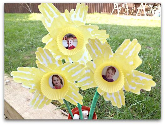 Image result for kids handprint daffodil