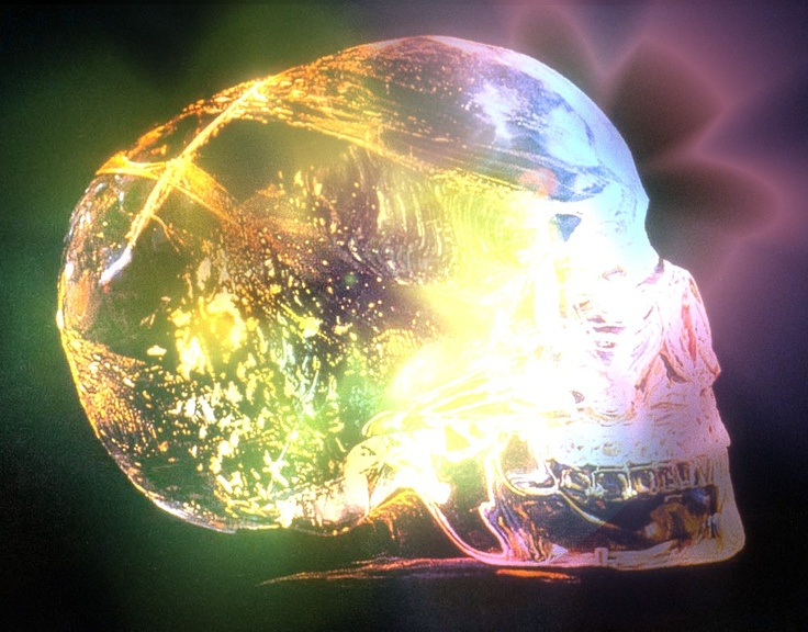 Light activated Crystal skull