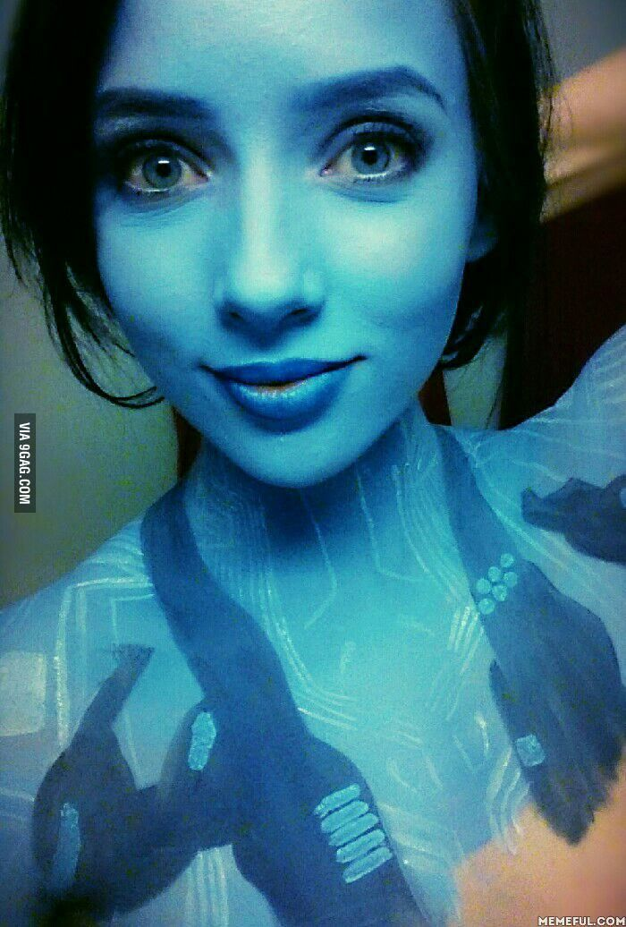 Everyone keeps asking if I'm a Smurf. I'm Cortana dammit!