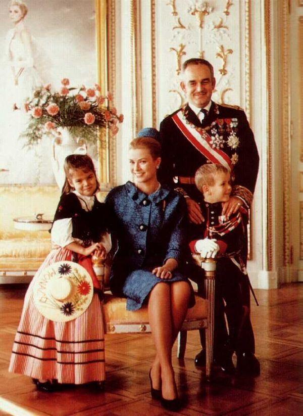 Prince Rainier III,Princess Grace,Princess Caroline & Prince Albert of Monaco.