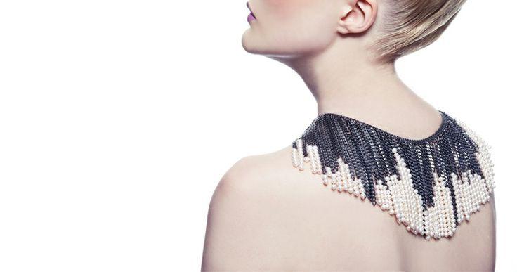 chained: Melanie Georgacopoulo Gr Fr, Pearls Necklaces, Ba Jewellery, Jewellery Design, Jewellery Cour, Georgacopoulo Jewelry, Jewellery Boxes, Pearls Jewelry, Georgacopoulo Jewellery