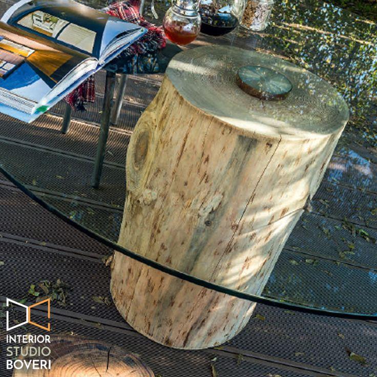 Dettaglio supporto e fissaggio del piano in cristallo trasparente  alla sezione di tronco decortecciato.  #tavolo #dettaglio #legnoecristallo #TavoloDesign  #WoodAndGlass #WoodAndGlassTable #TableDesign #TableDecor #NatureAndDesign #outdoors  #OutdoorLife #OutdoorStyle #OutdoorLifeStyle #OutdoorLiving #OutdoorDecor #HomeDecor #OutdoorInspiration  #HomeAndGarden #SummerHomeDecor  #DesignLife #HomeDesign  #dettagli #HomeDetails #Home #HomeStyle #InteriorStyle #InteriorDesign…