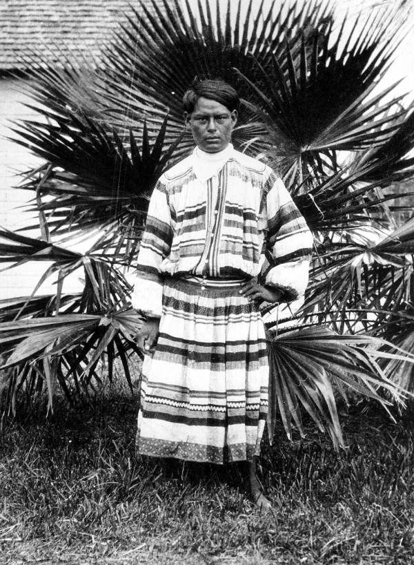 a description of the seminole indians a tribe of indians Find great deals on ebay for seminole indian in collectible postcards with native  americana  vintage patchwork jacket - seminole indian tribal arts $12801.