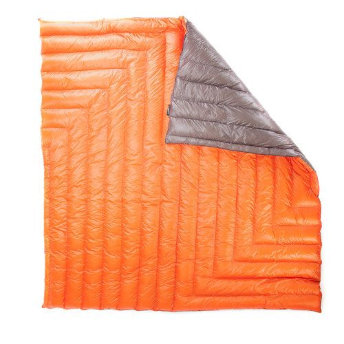Enlightened Equipment Offers Ultralight Camping Quilts For