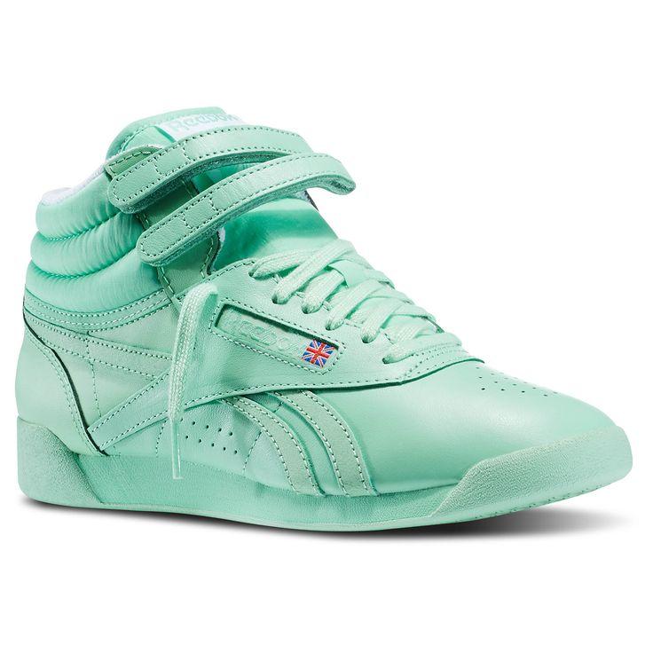 nike freestyle shoes