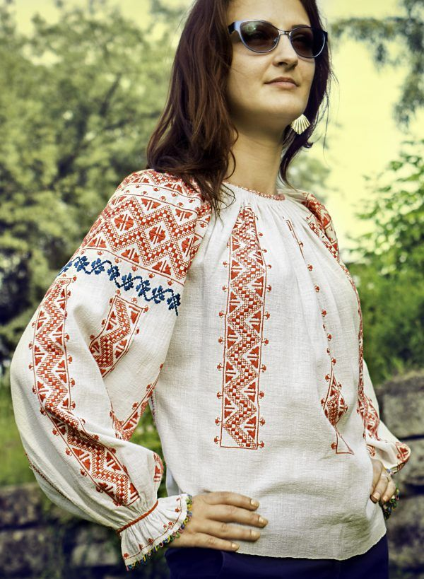 Romanian Traditional Blouse Vintage Chic Hand Embroidered Linen TopFolkage