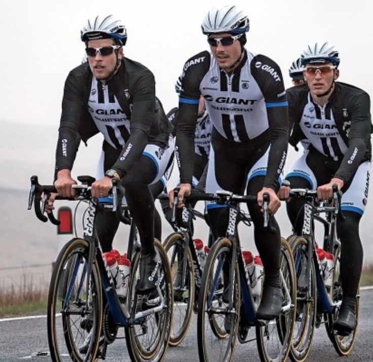 Team Giant Shimano in Yorkshire. Photo Procycling  magazine