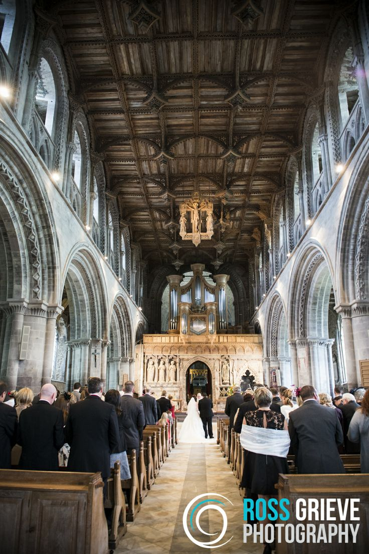 Wedding Photography, St David's Cathedral, Pembrokeshire. ©Ross Grieve Photography.