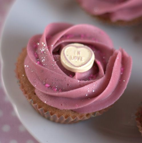 Blackcurrant berry cordial cupcakes on FussFreeFlavours