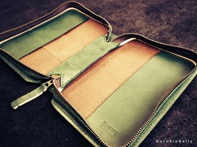 Bible case やんばるグリーンの聖書カバー☆3個のお花付き/豚革貼り合わせ