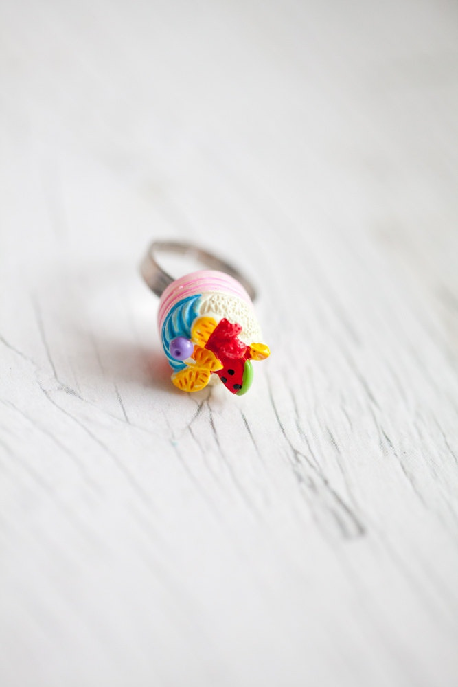Fruit Cake ring via Etsy.: Adorable Style, Kawaii Jewelry, Cool Cakes, Christmas Candy, Fruit Cakes, Christmas Candies, Rings Candies, Accessories, Cake Rings