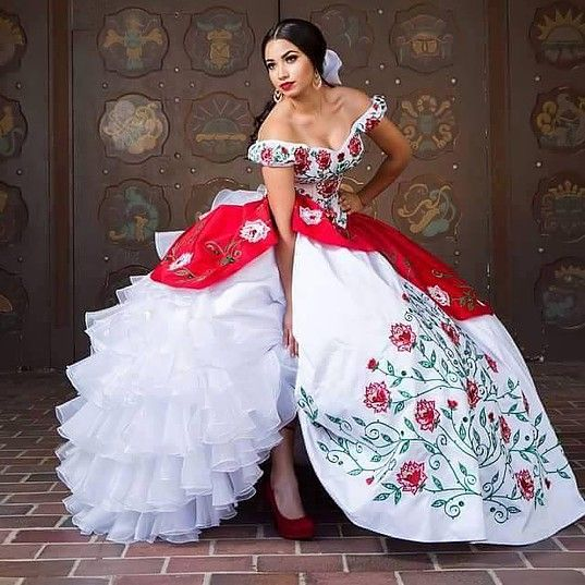 Hot White And Red Quinceanera Dresses Ball Gown With Embroidery Beads Sweet 16 Dress Vestido De 15 Anos Prom