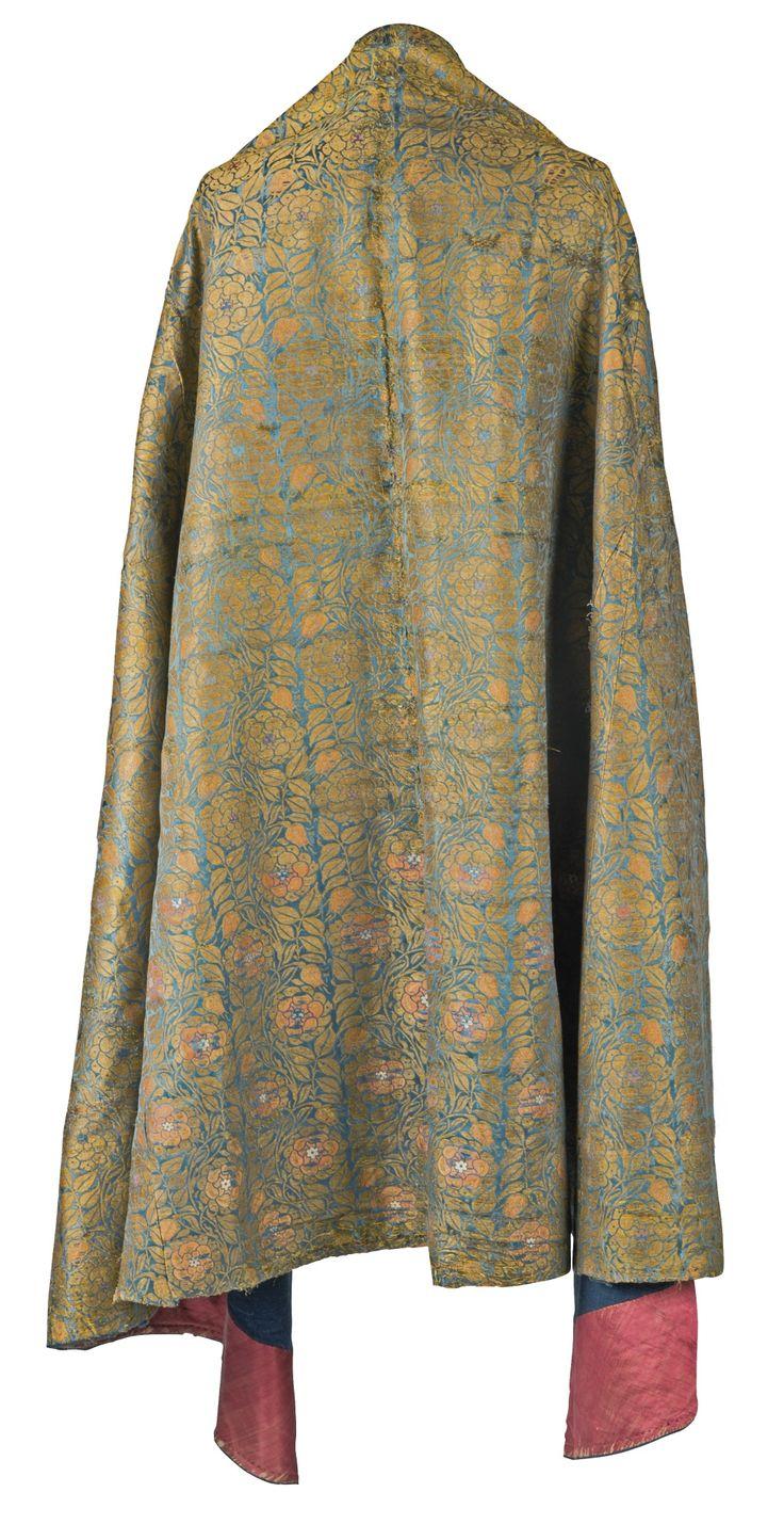 An Ottoman silk and metal-thread brocade cope, Turkey, 16th century   lot   Sotheby's