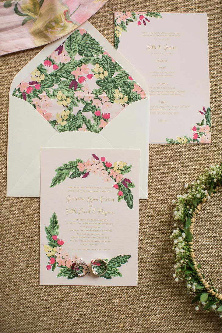 Romantic Botanical Wedding Stationery | Photo: Sea Light Studios | Stationery: Rifle Paper Co. |