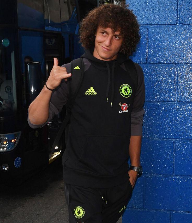 David Luiz Chelsea príde pred zápasom Premier League medzi Chelsea a Liverpool na Stamford Bridge 16. septembra 2016 v Londýne, Anglicko.