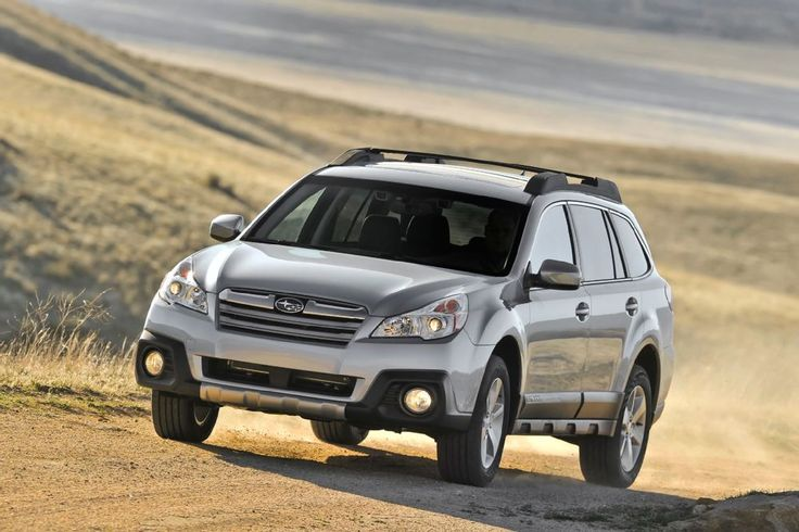2014 Subaru Outback front end view in motion