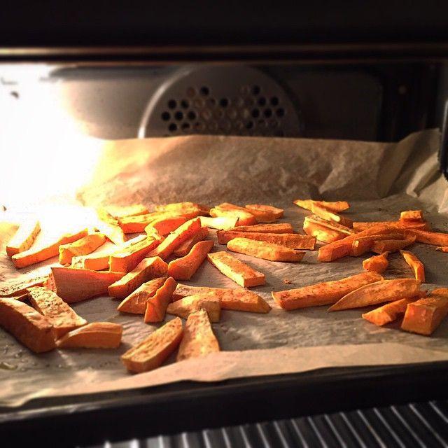 #sweet #potatoe #fries www.shalovesfood.com