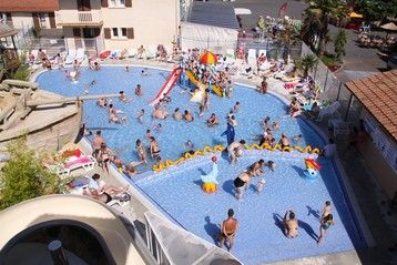 piscine - camping Le Vieux Port*****