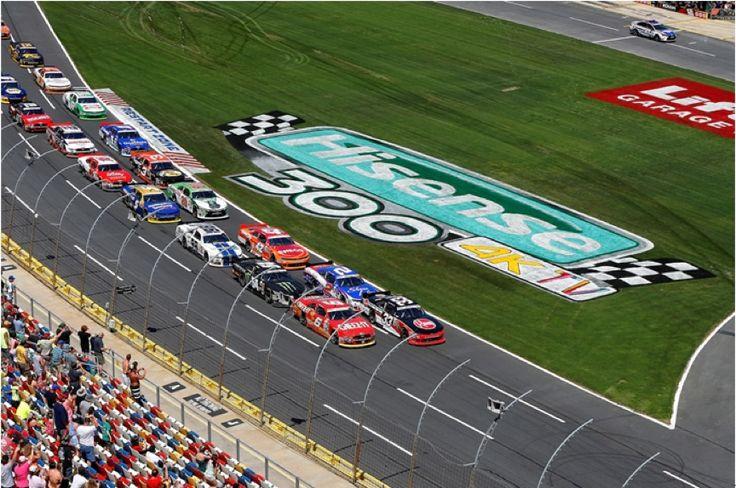 Gran Éxito de la Carrera NASCAR Hisense 4K TV 300. El mes de mayo de 2015 se celebró el Hisense 4K TV 300 en Charlotte, la capital de #NASCAR en Carolina del Norte. #Hisense300