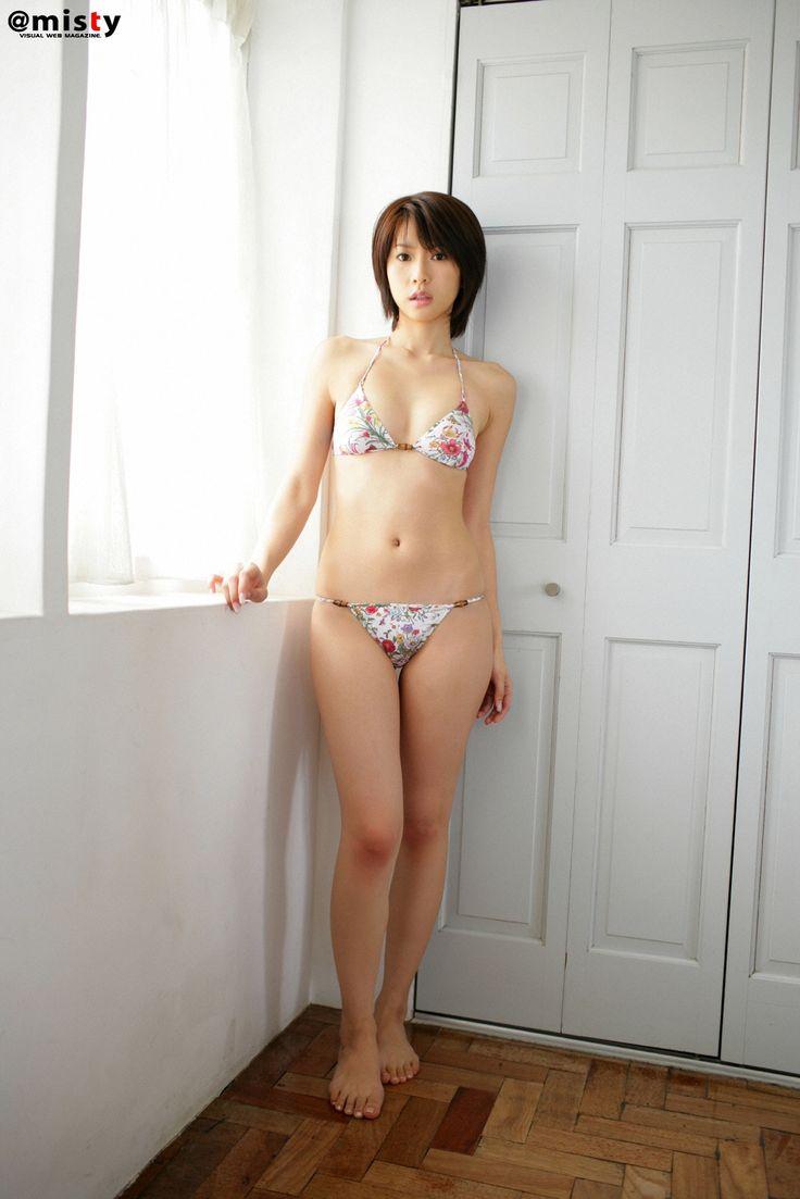 鷲巣あやの // Ayano Washizu