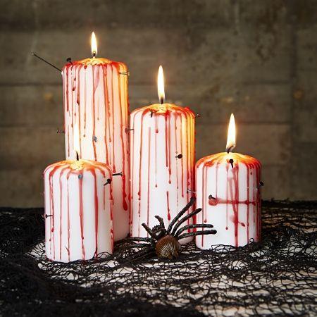 Halloween närmar sig och eftersom mitt förra inlägg med 23 HALLOWEENPYSSELblev så uppskattat kommer här 7 nya pyssel med halloweentema som hela familjen kan göra och ha glädje av. 1. LYSANDE...