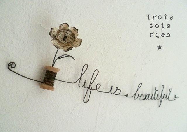 Guirlande fil de fer et fleur de papier \