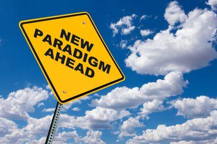 """Um paradigma é um padrão um conceito uma maneira de interpretar a realidade que aceitamos como sendo """"verdade"""".      Ao longo da nossa vida vamos criando os no"""