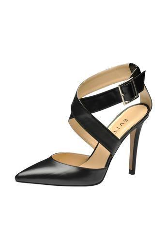Minimalistisch wie glamourös ist das Design des neuen Pumps von EVITA. Die Riemen führen über Kreuz über den Rist und umlaufen die Fessel, gehalten von einer feinen Schließe. Stylischer Eyecatcher. EVITA - Leidenschaft für italienische Schuhe