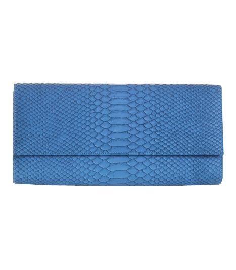 Poison ivy 1a clutch bag #clutchbag #taspesta #handbag #clutchpesta #fauxleather #kulit #snakeskin #kulitular #animalprint #persegi #fashionable #simple #color #blue  Kindly visit our website : www.bagquire.com