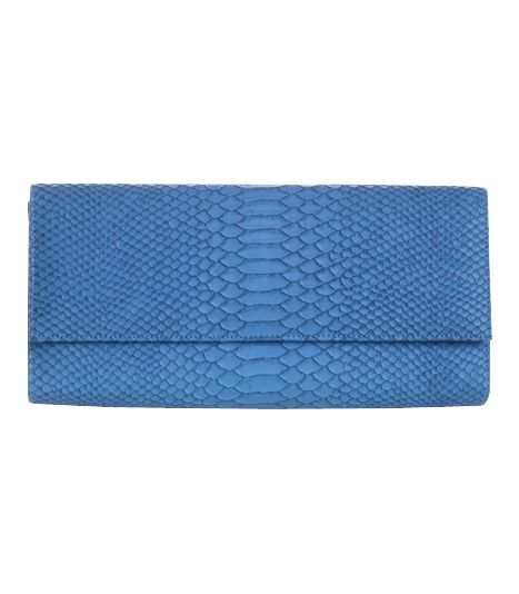 Poison ivy 1a clutch bag #clutchbag #taspesta #handbag #clutchpesta #fauxleather #kulit #snakeskin #kulitular #animalprint #persegi #fashionable #simple #color #blue  Kindly visit our website : www.bagquire.com