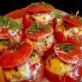 Как приготовить помидоры, фаршированные мясным салатом  - рецепт, ингредиенты и фотографии