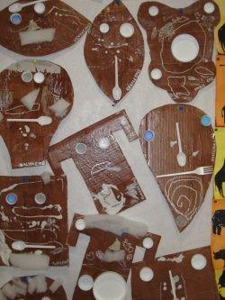 Le tour du monde en arts visuels 5 les masques africains - Motifs africains maternelle ...
