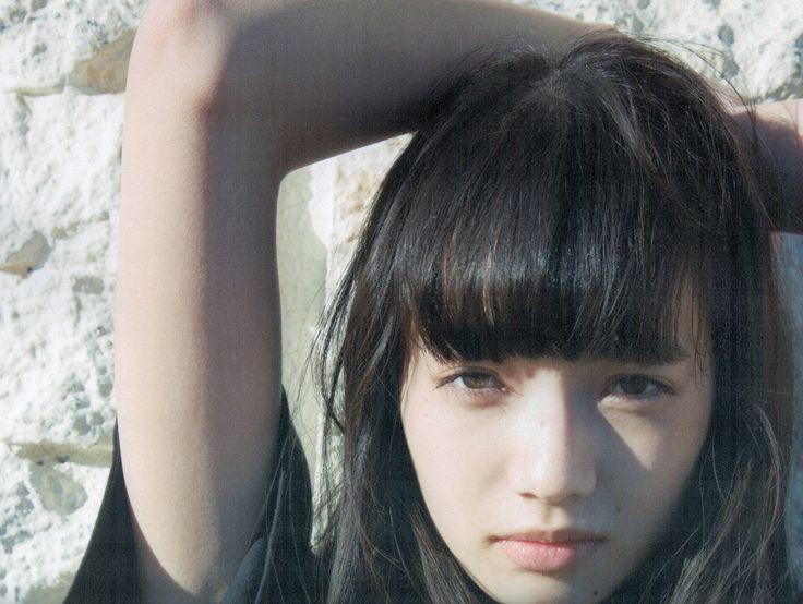 "littletropicalthunder: ""小松菜奈 nana komatsu """