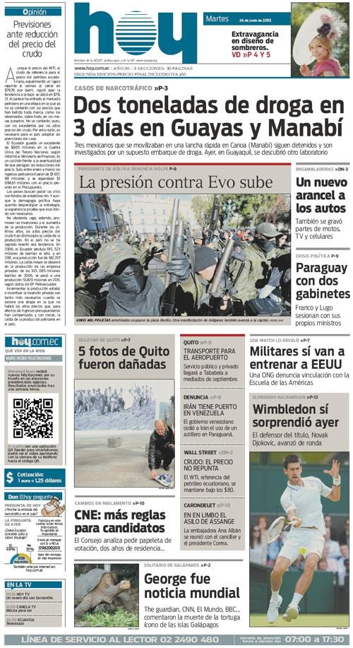 Miles de policias bolivianos de rangos bajos se enfrentaron con partidarios del presidente Evo Morales.