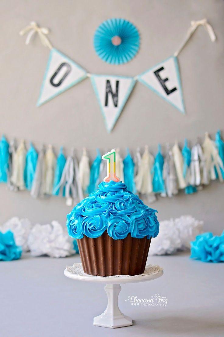 Phanessa's Crafts: DIY Giant Cupcake Smash Cake