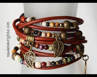 Bracelet wrap 5 tours billes en os de couleur cuir véritable brun-rouge accessoires en laiton antique.
