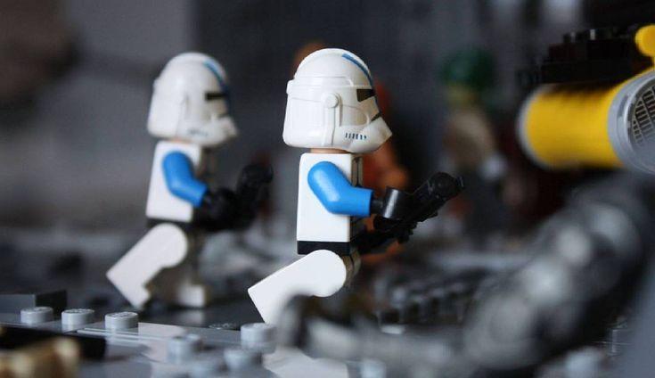 Nar Shaddaa is coming this weekend! #legostarwars #starwars #lego #MOC #501stlegion #rebellug #legoproject #clone #clonewars #theclonewars #customs #toys #droidarmy #rebellug #city #war #narshaddaa #piece #bricks