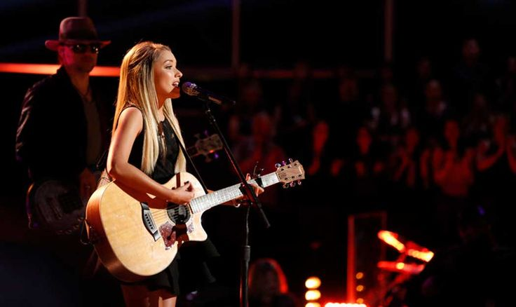 "Emily Ann Roberts Brings Bluegrass to ""The Voice"""
