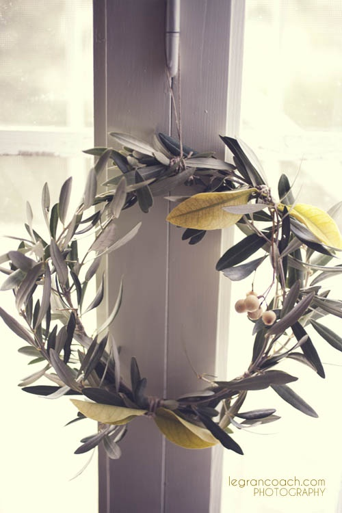 An Olive Wreath for a country breath in your house