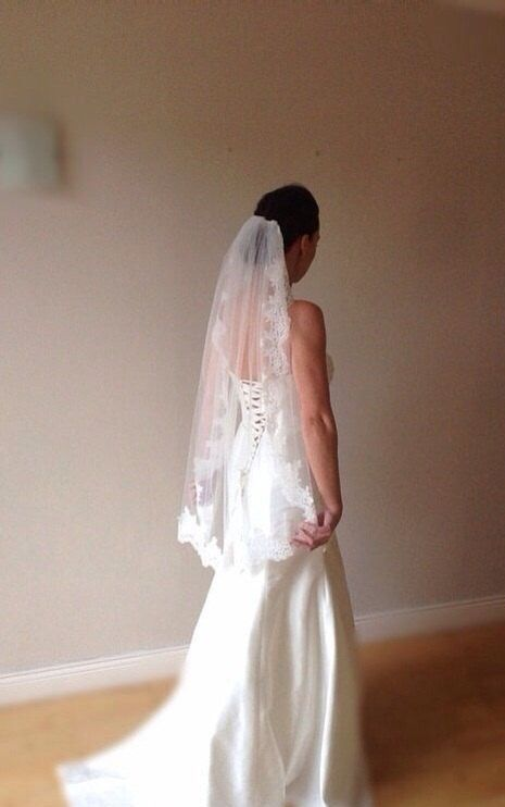 Lace wedding veil ivory lace veil fingertip lace veil, Paige by BridalStar on Etsy https://www.etsy.com/listing/233540894/lace-wedding-veil-ivory-lace-veil