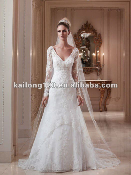 """Can't Afford It? Get Over It! Oscar de la Renta's """"Alicia"""" Inspired Gown For Under $2,000"""