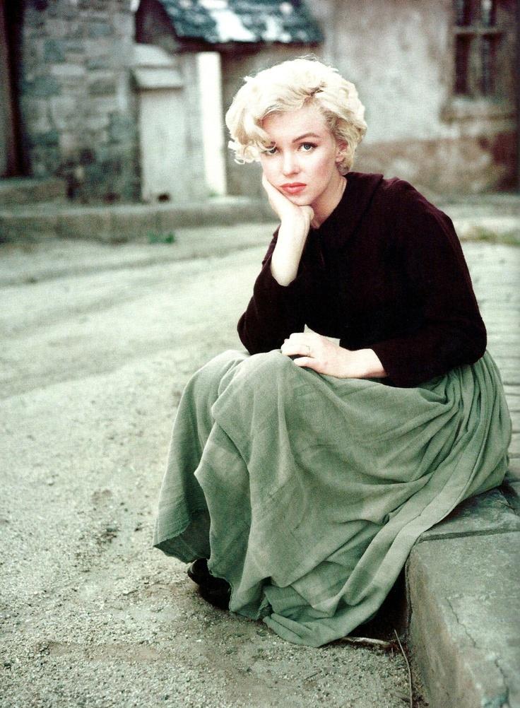 Female style icon. Marilyn Monroe.